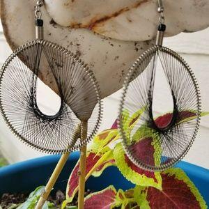 Jewelry - Cute string art earrings